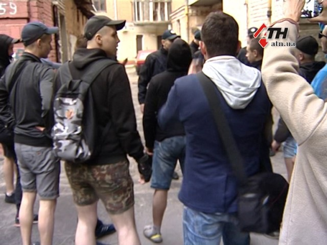 Оккупация патриотизма. Кто и почему разогнал акцию ЛГБТ-сообщества в Харькове -...