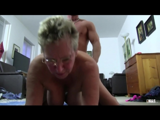 xxxomas_two_grannies_getting_dirty_in_a_german_foursome_720p