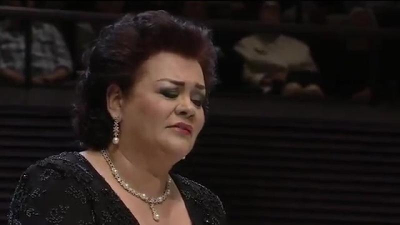 Violeta Urmana - Wagner - Gotterdammerung - Brunnhildes Immolation scene