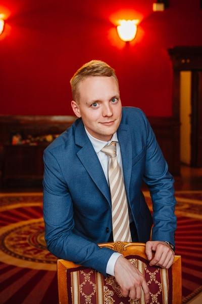 Алексей Дудин