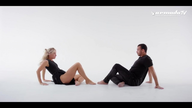 Andrew Rayel Emma Hewitt - My Reflection (Official Music Video)
