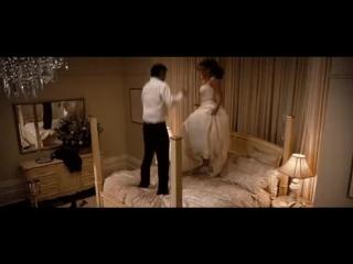 Молодожёны в первую брачную ночь