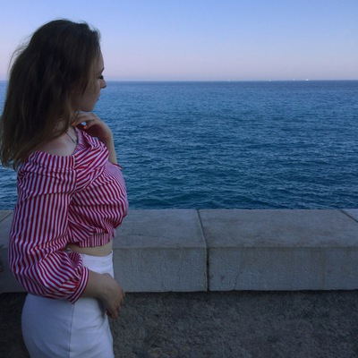 Анна Закутина