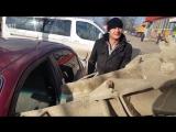Обозленный муж из-за измены залил машину жены бетоном