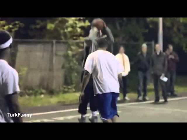 Yaşlı Adam Kılığında Basketçi-1