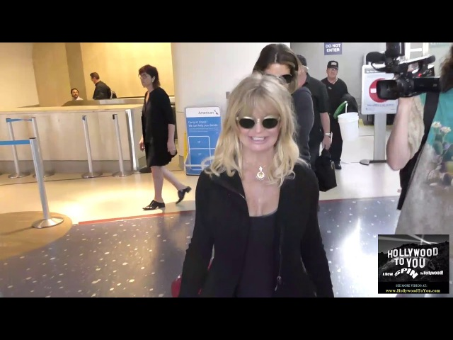 Goldie Hawn arriving at LAX Airport in Los Angeles