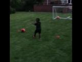 Будущая звезда футбола!