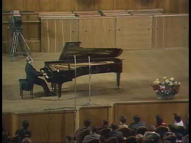 Bach/Siloti - Prelude in B minor BWV 855a - Emil Gilels