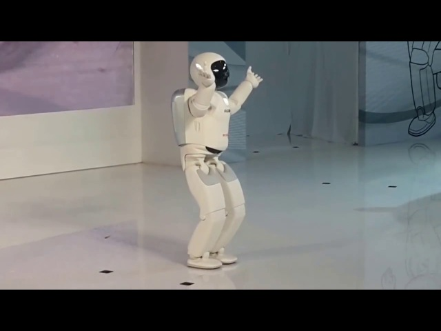 Japanese robot vs Russian robot / Robot japonés vs Robot ruso