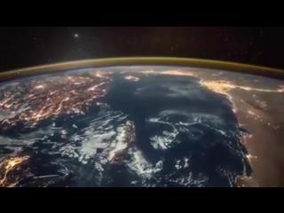 Грандиозное видео рассвета над Землей