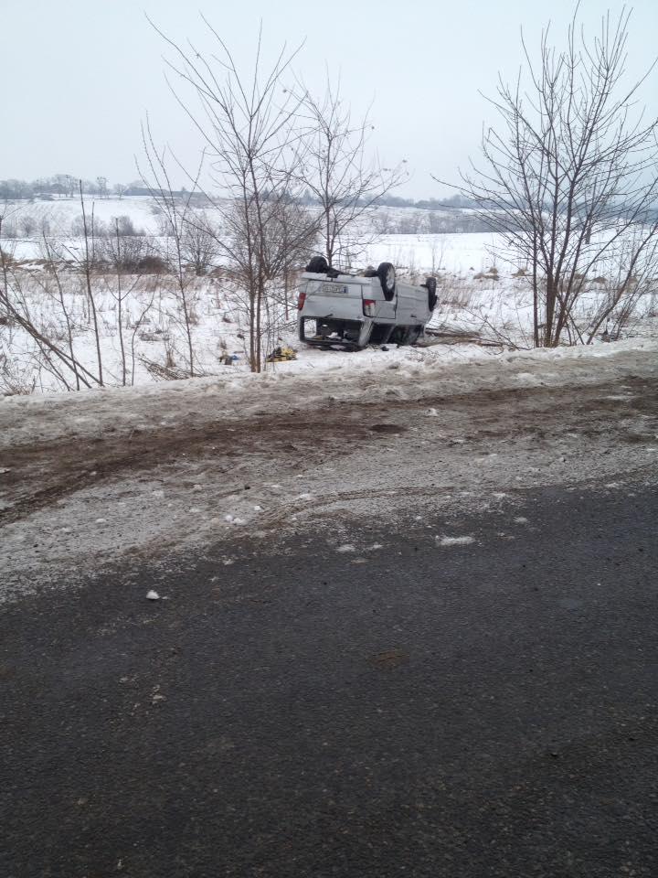 ДТП у Тарашанах: дві автівки перекинуті