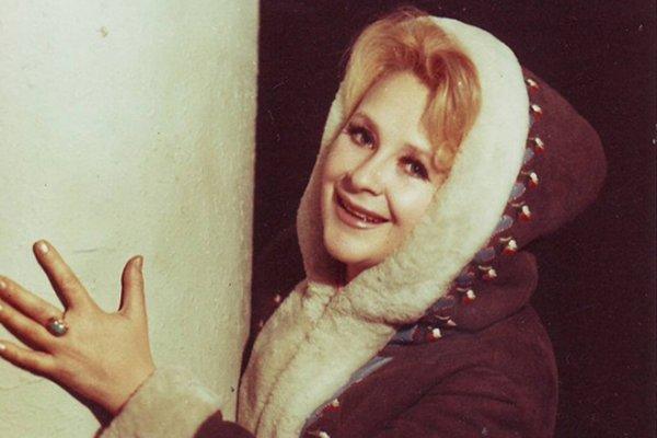 В Москве умерла исполнительница песни «Черный кот» Тамара Миансарова