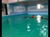 Кирюша на занятии дельфинотерапии. Плавание с дельфином  Клеопатрой.