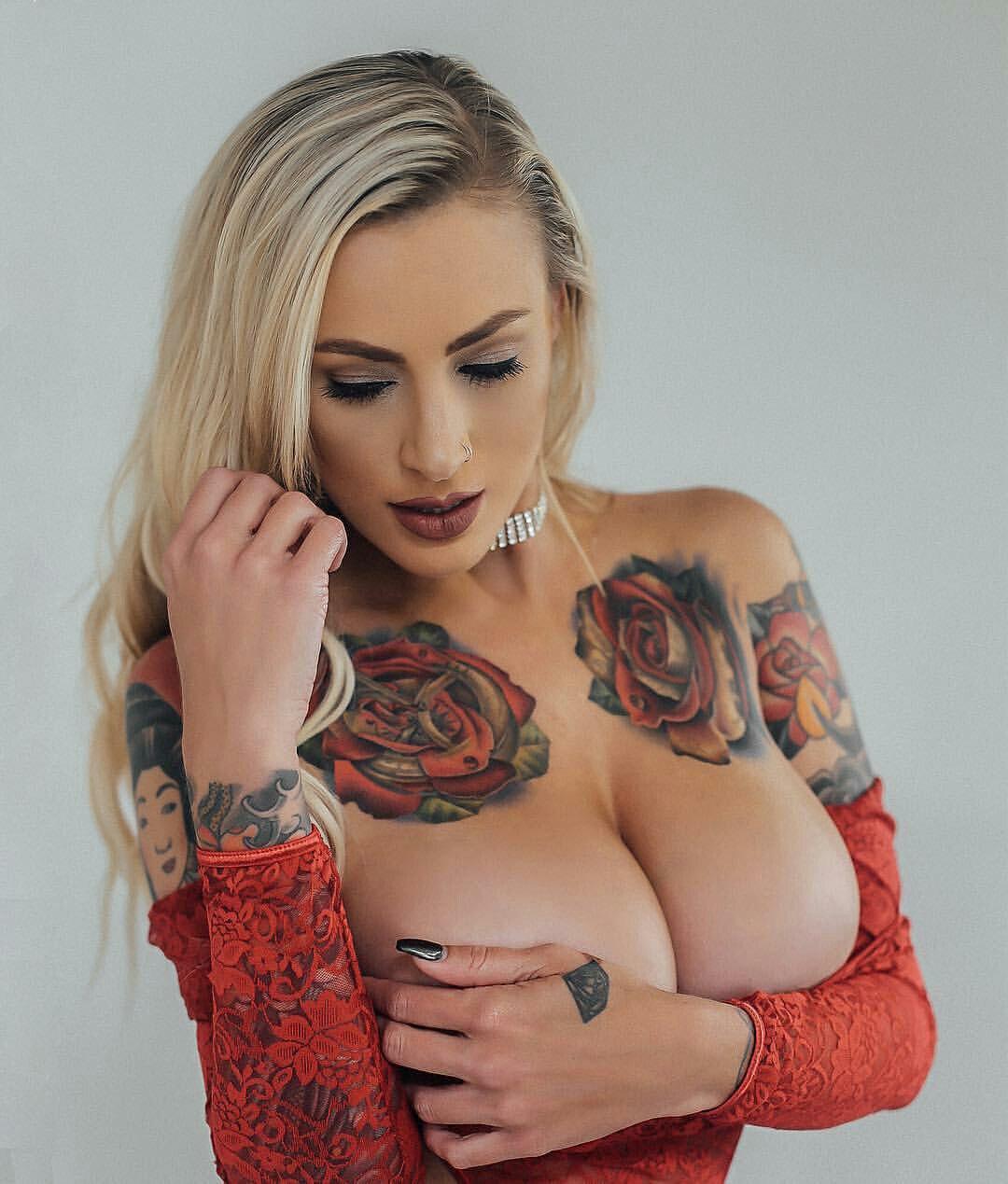 Body paint hot girls fucking
