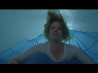 Breaking Bad - Skyler White (The Pool)