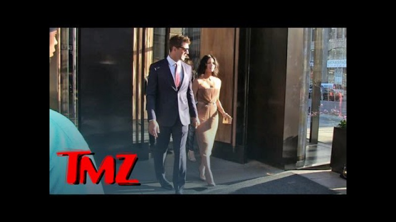 Aaron Rodgers -- Olivia Munn's Arm Candy in First Official Public Outing | TMZ