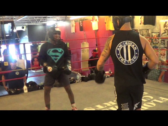 15 year old Amatuer Boxing champion vs Pro UFC fighter Go to WAR in Sparring