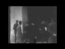 Герой Украины - Шухевич. Видео ,на котором запечатлены ужасающие кадры боевиков Шухевича - 30 июня 1941 г.