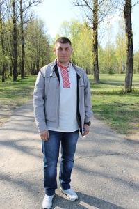 Артём Аникович