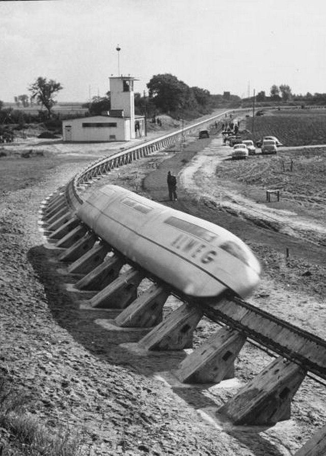 Испытание монорельсовой дороги, Германия, 1952 год.