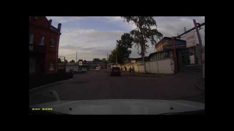 Видео регистратор Neoline Cubex V45 обзор, тест, вечер.