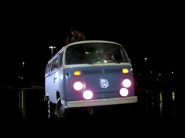 Момент из фильма Назад в будущее. Ливийцы нашли Дока!