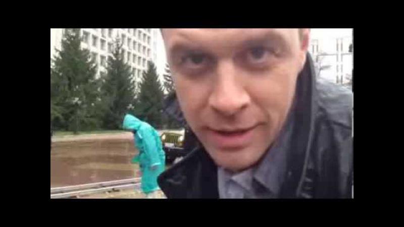 Иван Оганесян приглашает к просмотру сериала Нюхач.