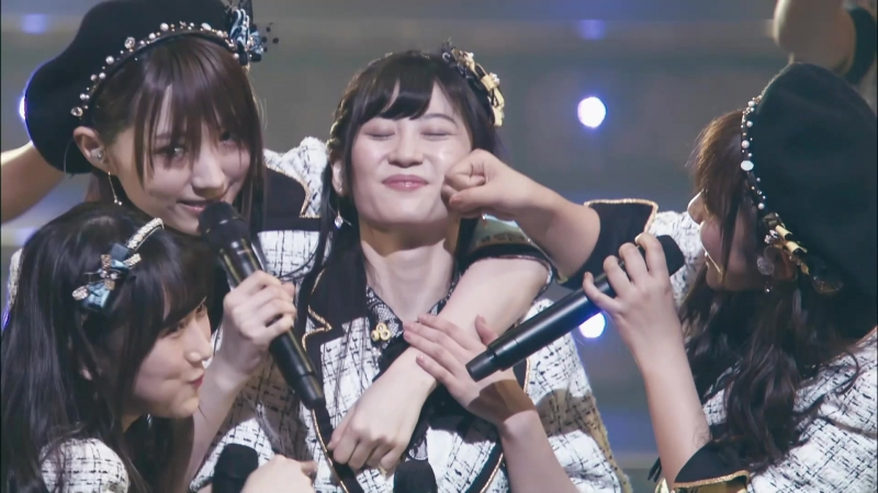NMB48 - Rashikunai @ Jonishi Kei Sotsugyou Concert ~Yappari Kei-chan ga Number One~
