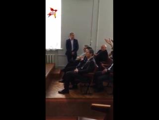 Дети в Академии музыки Донецка поют только о мире