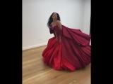 Рианна в платье от Zac Posen