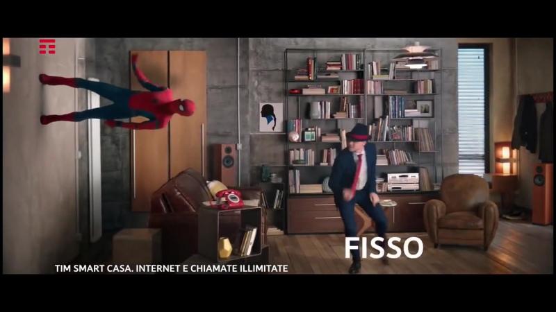 Человек-паук танцует!