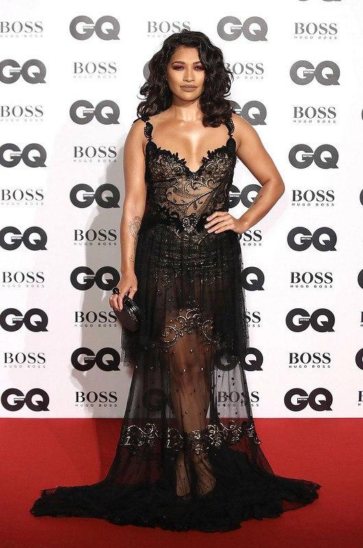 Певица Ванесса Уайт в просвечивающем платье: фотографии с церемонии награждения