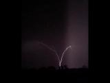 ..особенные молнии бьющие вверх..видео Taylor Vonfeldt from Maize Kansas 16.4.17