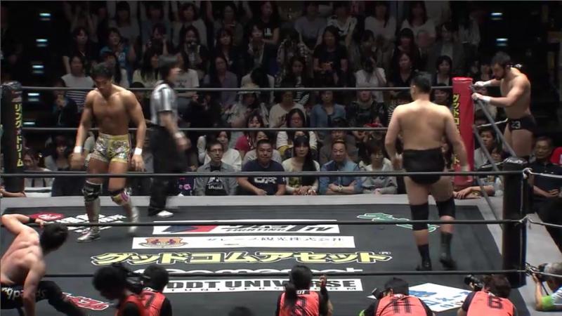 Konosuke Takeshita, Diego vs. Mike Bailey, Kazusada Higuchi (DDT - KING OF DDT 2017)