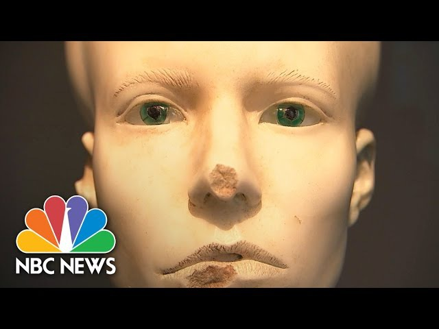 Damien Hirst Unveils 'Unbelievable' Exhibit Featuring Medusa, Mickey Mouse | NBC News