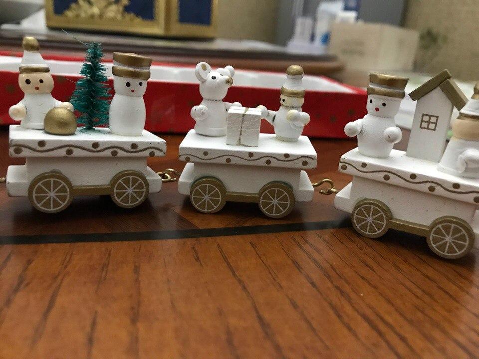Следущая новогодняя посылкакоторая примчалась ко мне раньше остальных - это милый паровозик