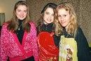 Наташа Королева с сестрой Ириной и будущим кандидатом в президенты России Ксенией Собчак…