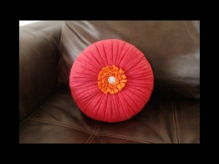 How to make a deco pillow with recycled T-shirt - Easy method