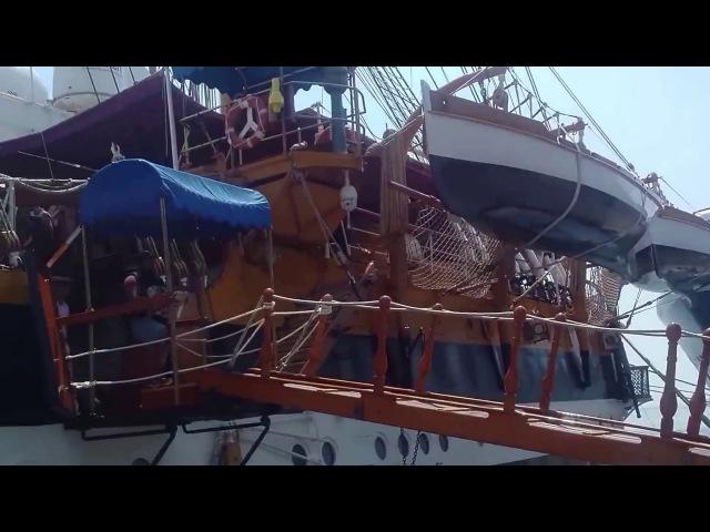 Tour of Amerigo Vespucci парусник в Галифаксе