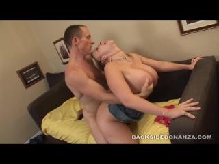 Порно мастурбация с мягкими мишками
