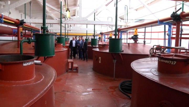 В г. Карачаевске открыли завод по производству этилового спирта