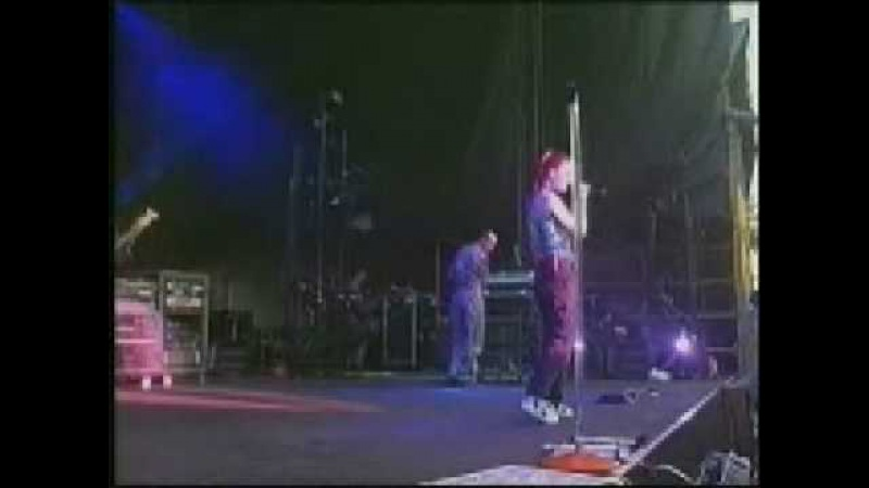 Garbage-Medication- Edinburgh, Scotland,01 July 99