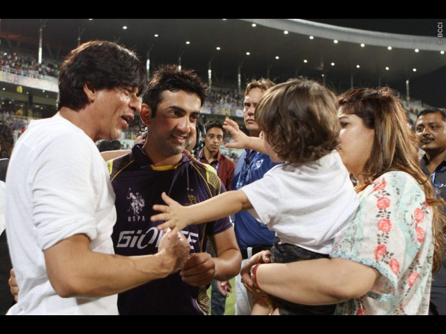 SRK gives interview after winning match at EdenGardens Kolkata KKRvMI 08.04.2015