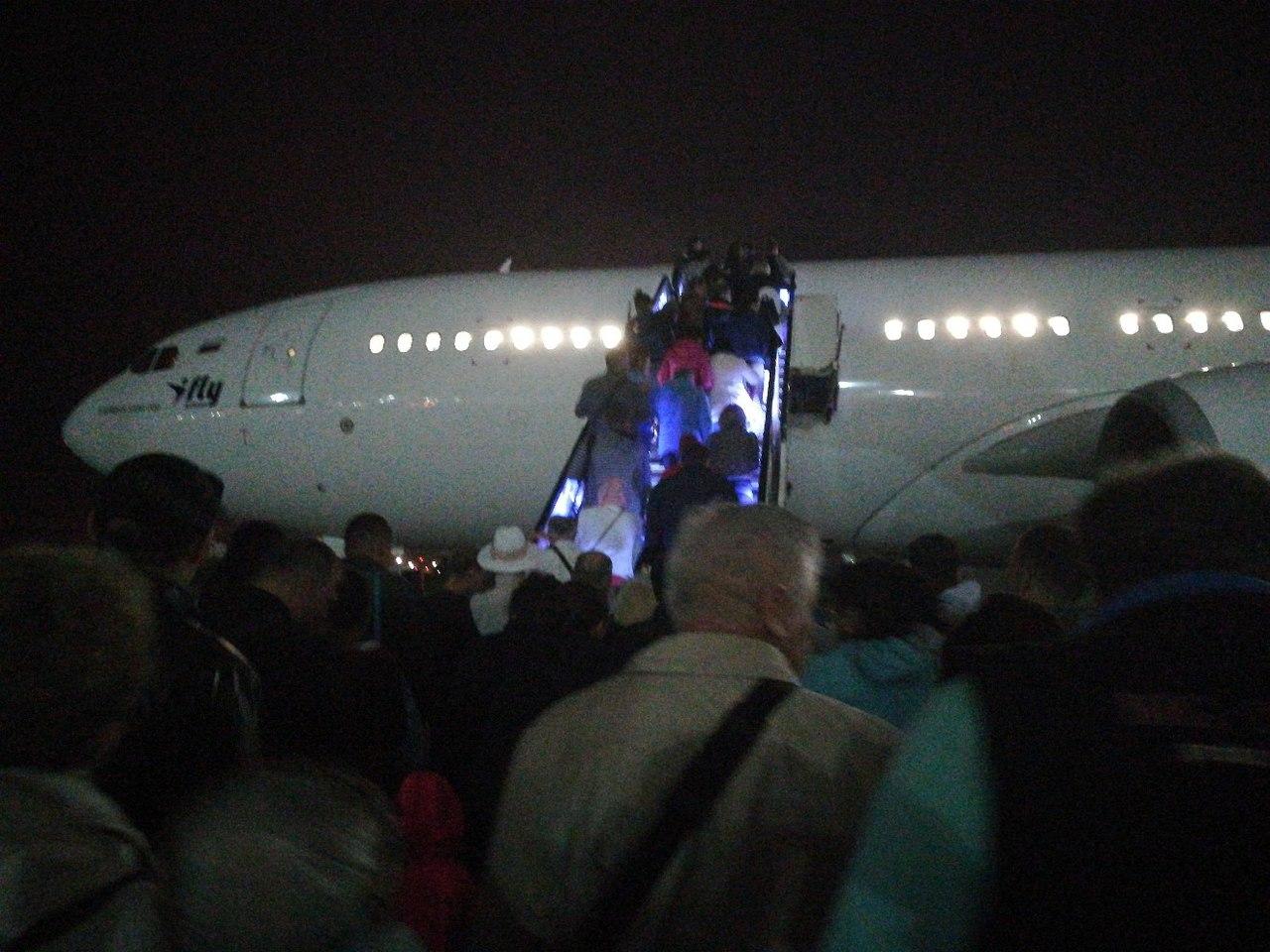 Белый Гигант самолет