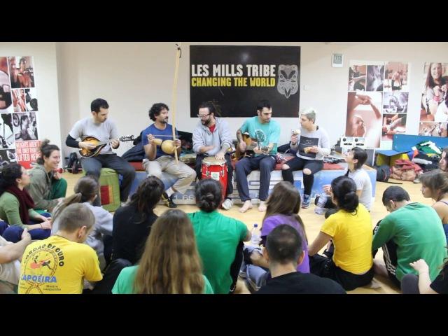 Music with Mestre Pernalonga and Apêiara Capoeira