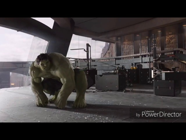 Халк избивает локи. Сцена из Мстителей