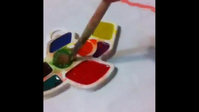 Антоша рисует (2г9мес)