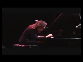 Песня Happy Birthday импровизация от Nicole Pesce