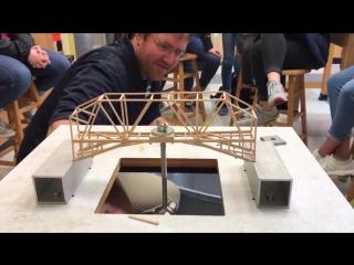 Испытания деревянных моделей мостов