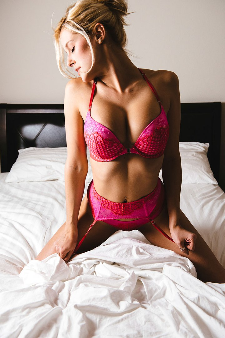 Aged babes go eager rubbing their